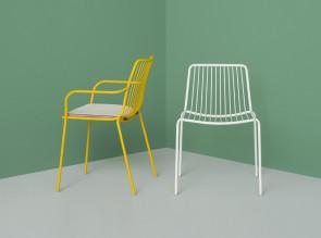 Collection de chaises et fauteuils empilables Nolita, en métal