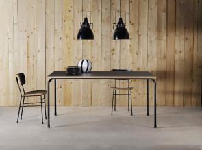 Table stratifié noir Master