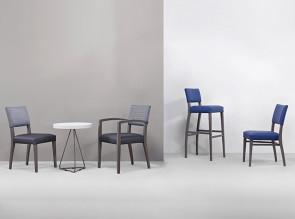 Chaise et fauteuil de la gamme Viope
