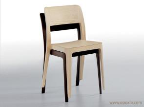 Chaises en bois empilables Nenè