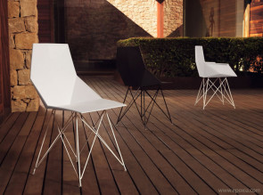 Chaises design Faz par Vondom pour usage extérieur ou intérieur