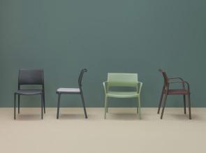 Collection Ara, chaises et fauteuils empilables en polypropylène renforcé