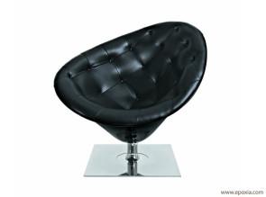 Fauteuil cuir noir base inox Moor(e) par Philippe Starck
