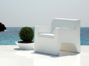 Fauteuil outdoor collection Jut par Vondom