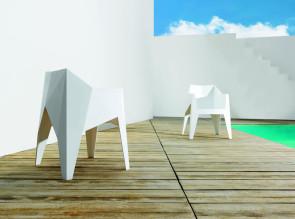 Fauteuils design Voxel par Karim Rashid