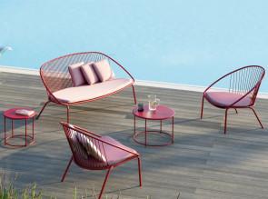 Salon de jardin Aria en finition rouge, table basse Désirée