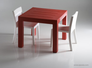 Table carrée Jut Mesa rouge