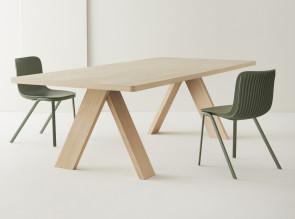 Table de réunion Artful, finition chêne naturel